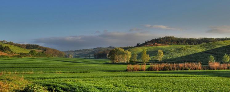 La zona collinare del Chianti è compresa tra Siena e Firenze ed è ricca di borghi medievali.