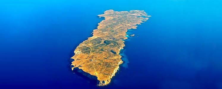 Indicazioni turistiche, hotel, curiosità, percorsi nelle isole di Lampedusa e Linosa