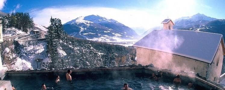 Bormio è conosciuta fin dall'antichità per le fonti termali: a Bormio esistono tre strutture termali.